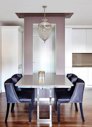 低调奢华古典质感的紫色餐厅背景墙装修效果图