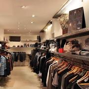 小户型的衣服店