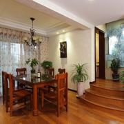 中式家装餐厅图片