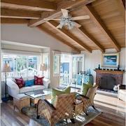 客厅原木色的吊顶