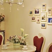 美观复式楼照片墙展示