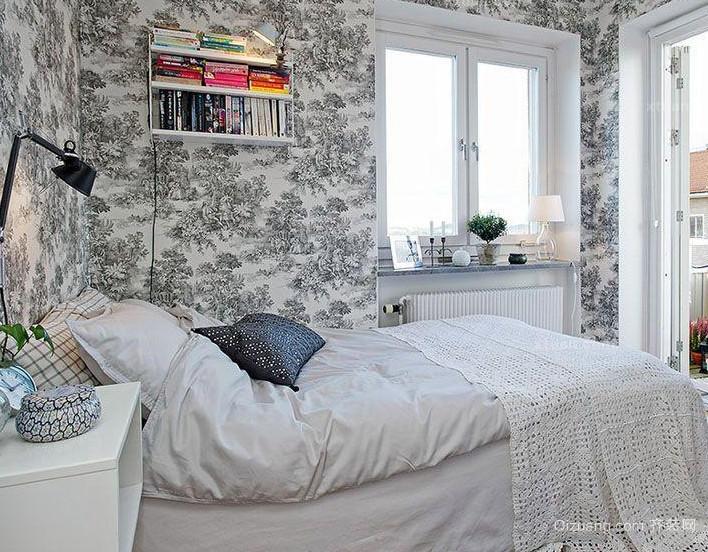 经典高贵的小卧室席梦思床装修效果图