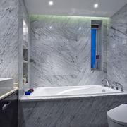 卫生间冷色调瓷砖