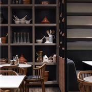 咖啡厅置物柜欣赏
