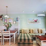 小公寓客厅转角大沙发