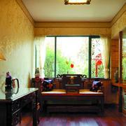客厅温馨自然设计