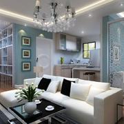 小型的明亮公寓