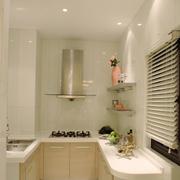 简洁干净的厨房