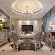 奢华的客厅吊顶