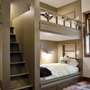 阁楼儿童房双层床