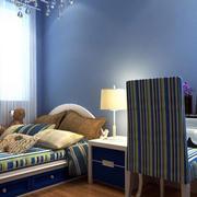 儿童房蓝色背景墙