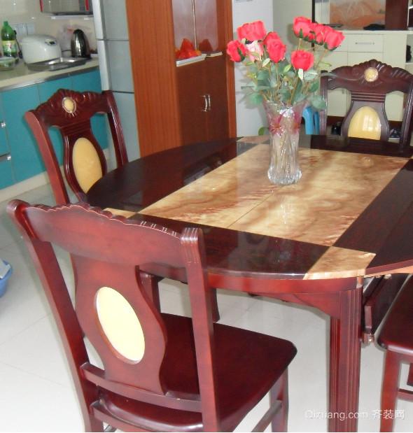 现代结实耐用大理石餐桌图片