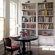 书房朴素典雅装潢
