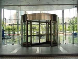 豪华酒店大厅自动旋转门装修效果图