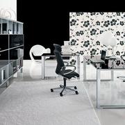 简约黑白色办公桌