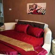婚房卧室装饰画