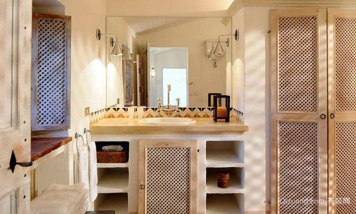 单身公寓现代欧式卫生间折叠门装修效果图