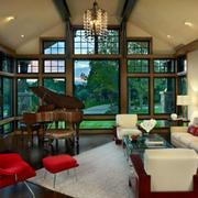 别墅客厅窗户