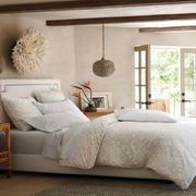 宁静优雅的卧室