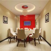 餐厅红色背景墙