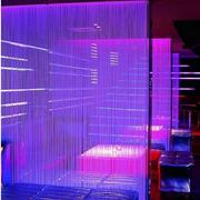 餐厅紫色隔断墙