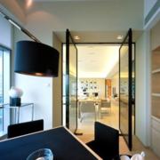 厨房推拉玻璃门