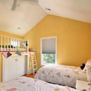 黄色靓丽阁楼儿童房