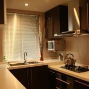 厨房实用的窗帘