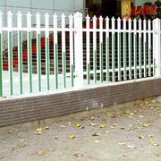 白色实木围墙效果图