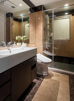 卫生间精致玻璃隔断