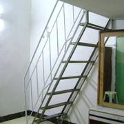 简约现代阁楼楼梯