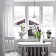 白色小餐厅装饰