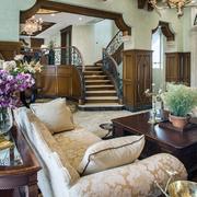 客厅楼梯法式装饰