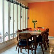 餐厅橙色背景墙
