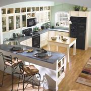 大户型家庭厨房吧台