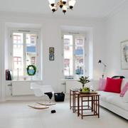 白色单身公寓客厅