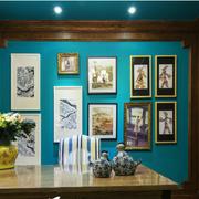 书房天蓝色照片墙