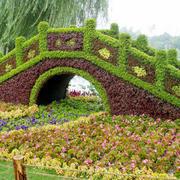 形象逼真的园艺桥