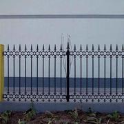 具有保护作用围墙图