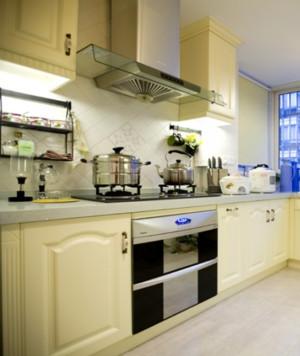 地中海风格厨房橱柜装修设计效果图