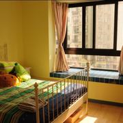 小家庭卧室飘窗