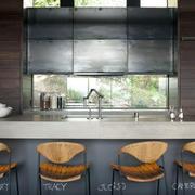厨房精致吧台椅