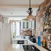 厨房墙上置物架