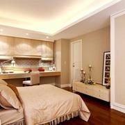 温婉优雅的卧室