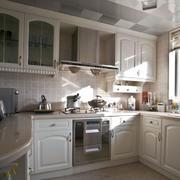 传神的厨房厨柜