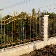 铁艺现代化的围墙