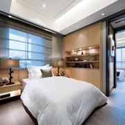卧室现代化的飘窗