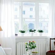 白色简约客厅飘窗