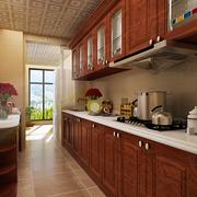 厨房精致的橱柜