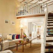 白色实木楼梯设计